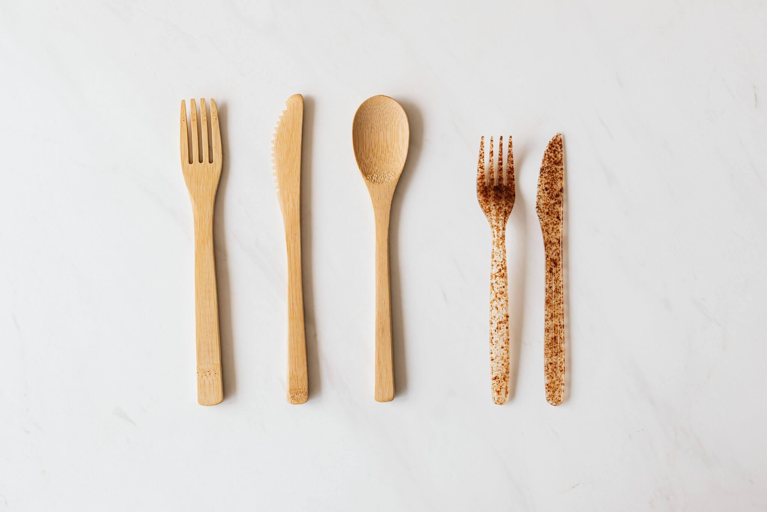 Non compostable plastic cutlery